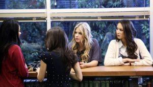 Pretty Little Liars: S01E09