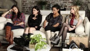 Pretty Little Liars: S02E01