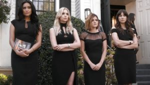 Pretty Little Liars: S06E11